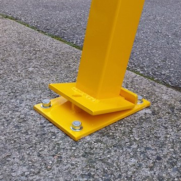 Surface Mounted Lockable And Removable Steel Bollard 171 Bc
