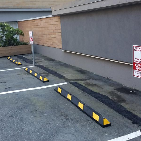 Rubber Parking Curb Car Stop BC Site Service