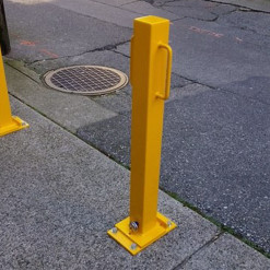 Surface Mounted Locking Removable Bollard