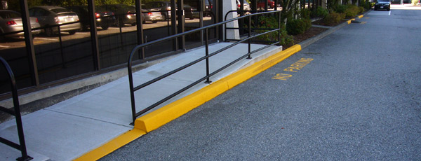 Keep-curbs-clean-of-debris