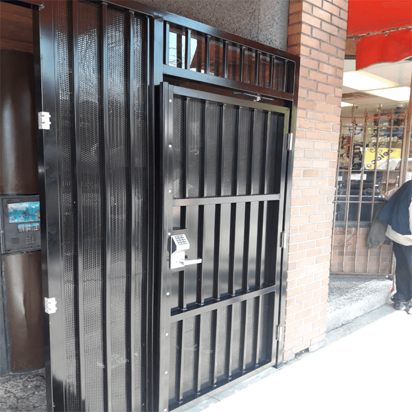 High Security Gates And Enclosures Bc Site Service
